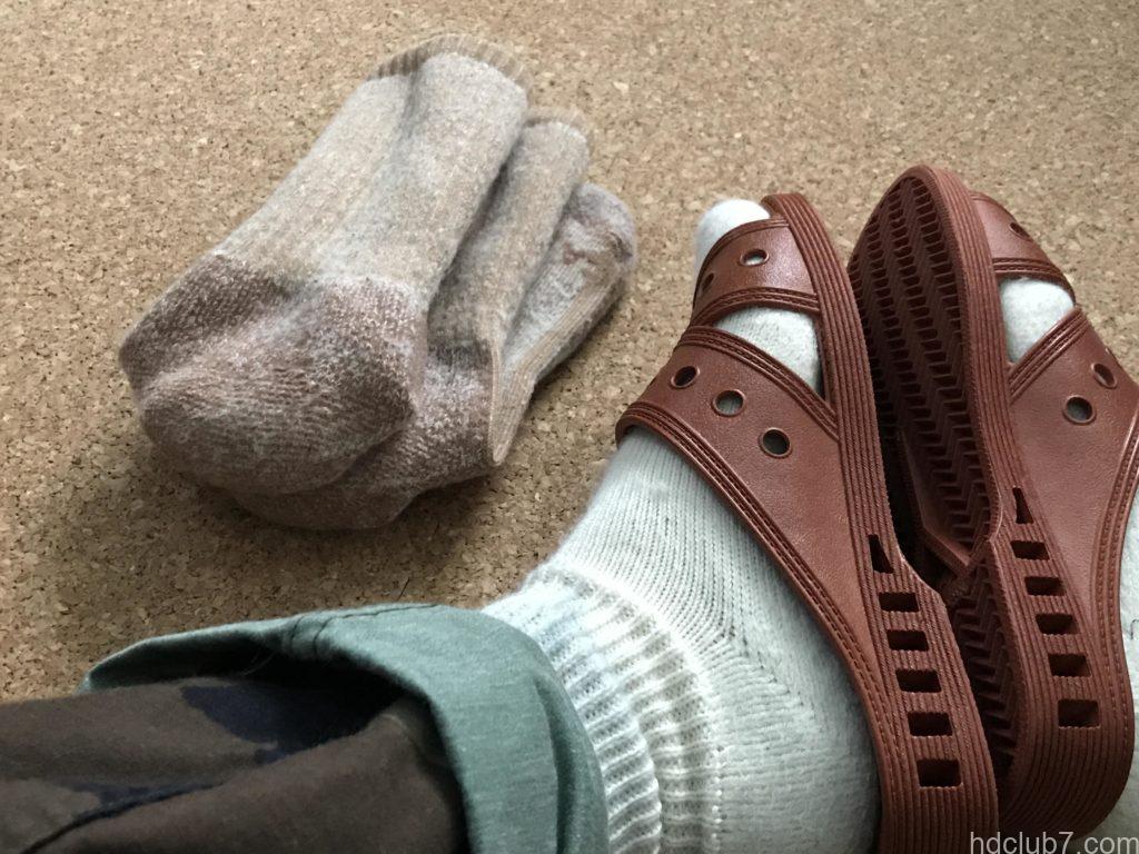 メリノウール靴下のファルケのウォーキーとキャラバンの2Pソックス