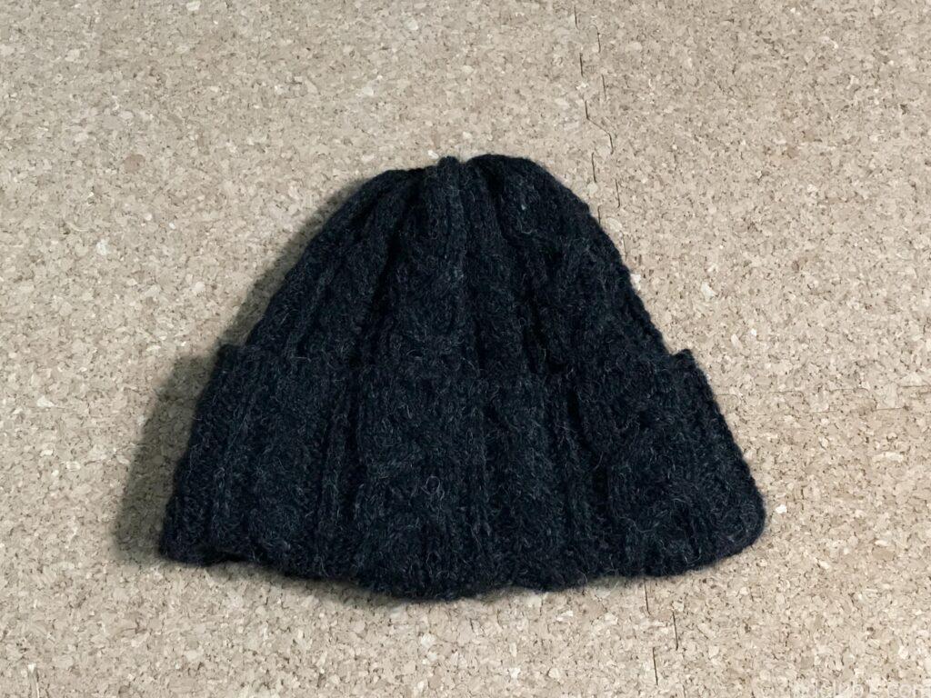 洗濯前のハイランド2000のアルパカのニット帽の状態