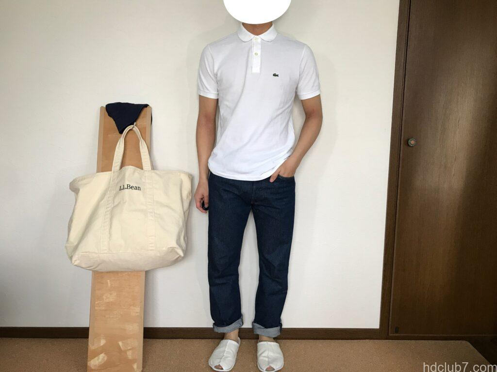 ラコステの半袖ポロシャツのボーイズモデルPJ2909のサイズ16とリーバイス501を着た人