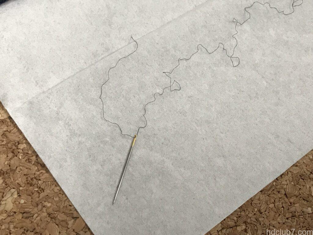 ラコステのポロシャツL1212の糸と針