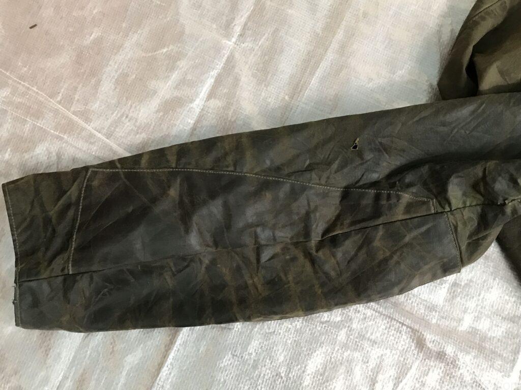 バブアーの2ワラント時代のビデイルの袖のリペア